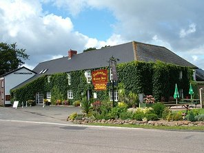 Devon Country Inn, Hotel & Restaurant at Thelbridge Corss Inn, nr Crediton, Devon