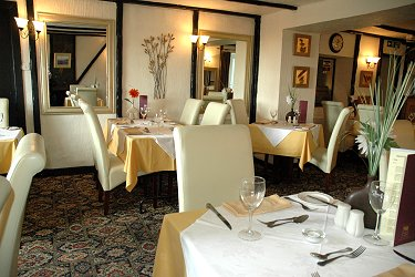 Recommended Restaurant at Thelbridge Cross Inn, nr Crediton, Devon